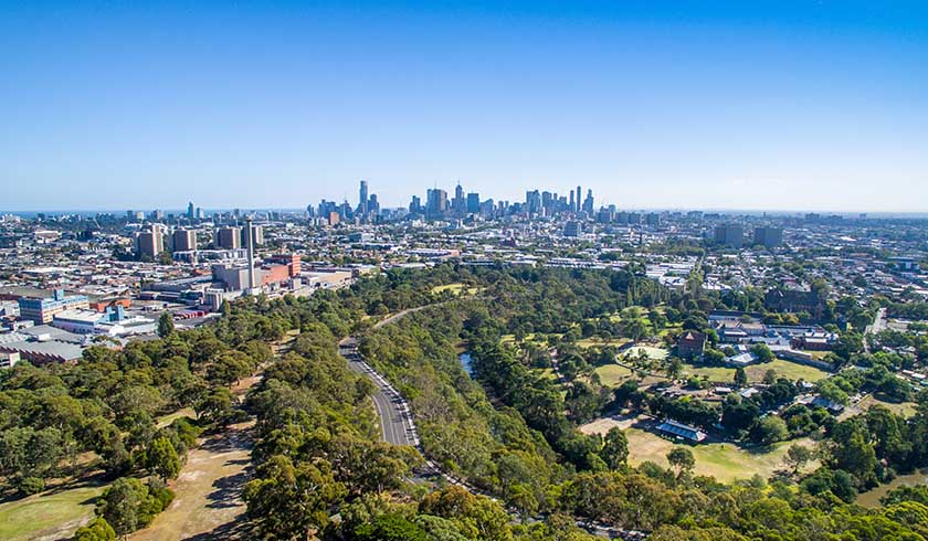 Landlords cry out for Melbourne real estate to resume
