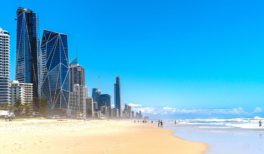 Gold Coast apartment owners warned on 'COVID schoolies'