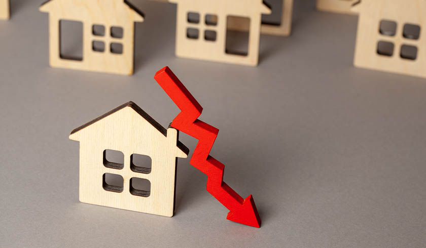 Property listings record 'abnormal' decrease