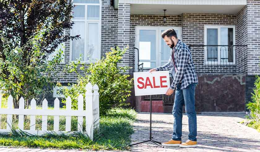 Housing market stutters but greater fall still to come